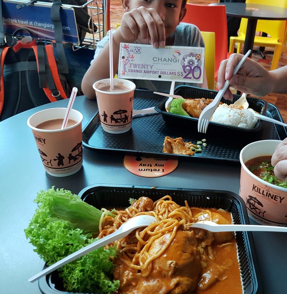 makan di bandara changi murah singapura